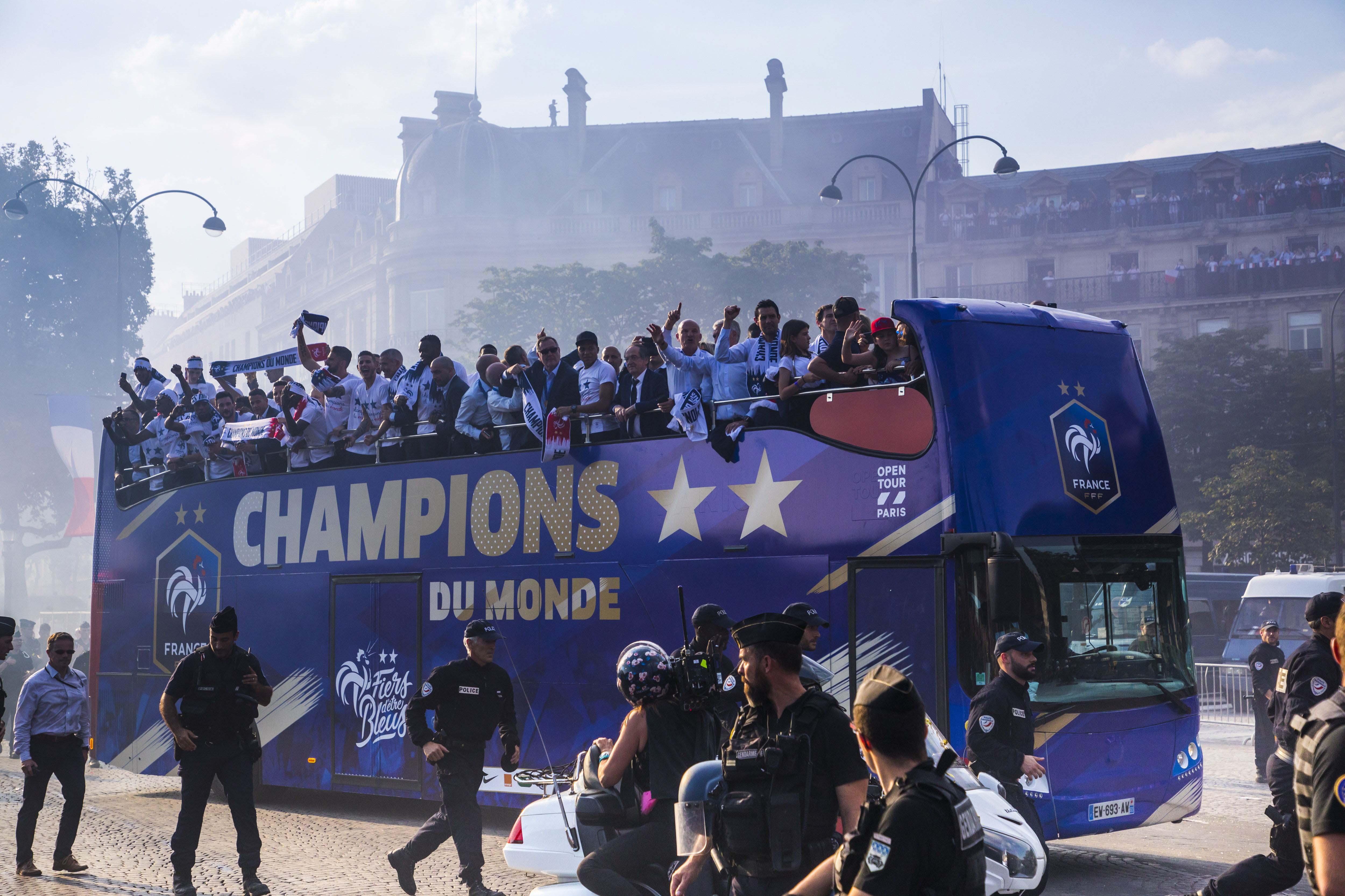 autobus UNVI seleccion Francia
